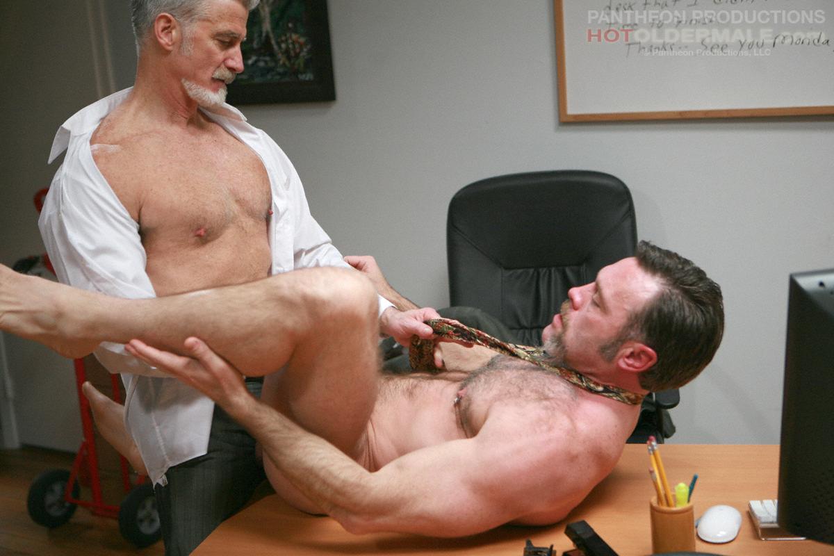 зрелыми гей порно связанные мужчинами со