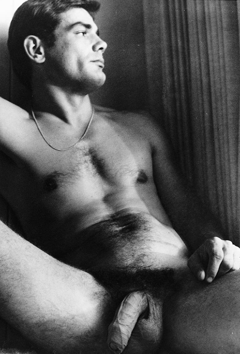 Hot hunk facesitting gay